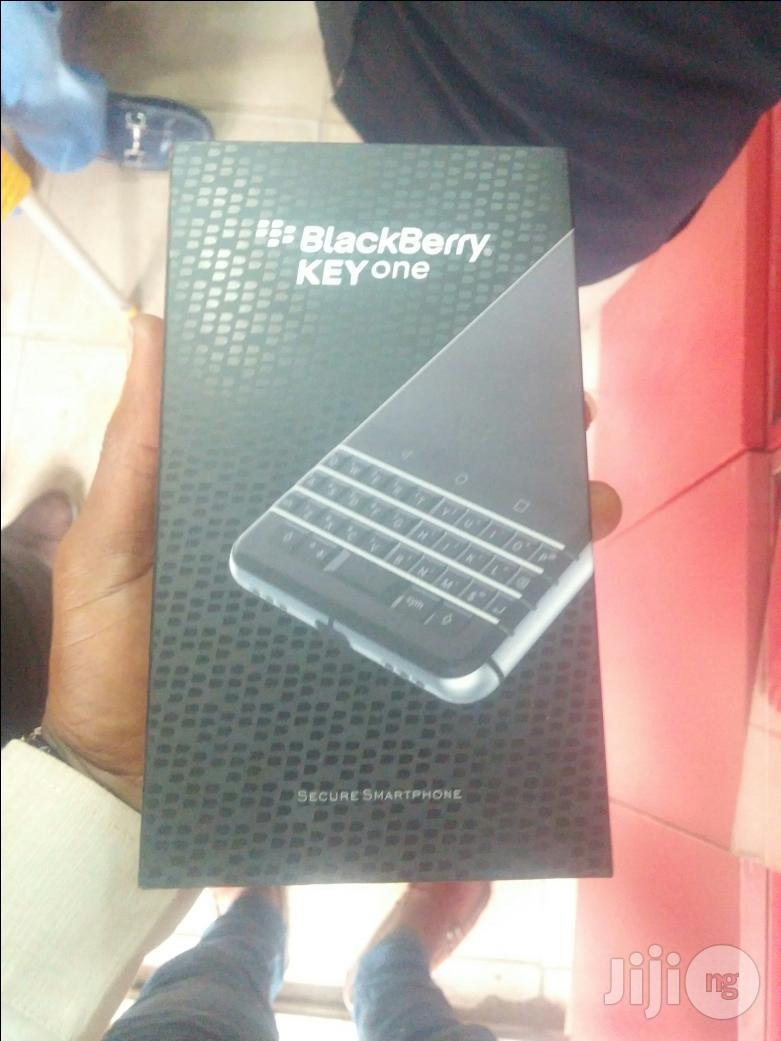 New BlackBerry KEYone 32 GB Black