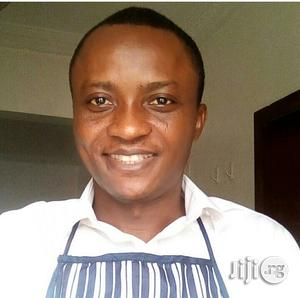 Chef / Cook   Restaurant & Bar CVs for sale in Lagos State