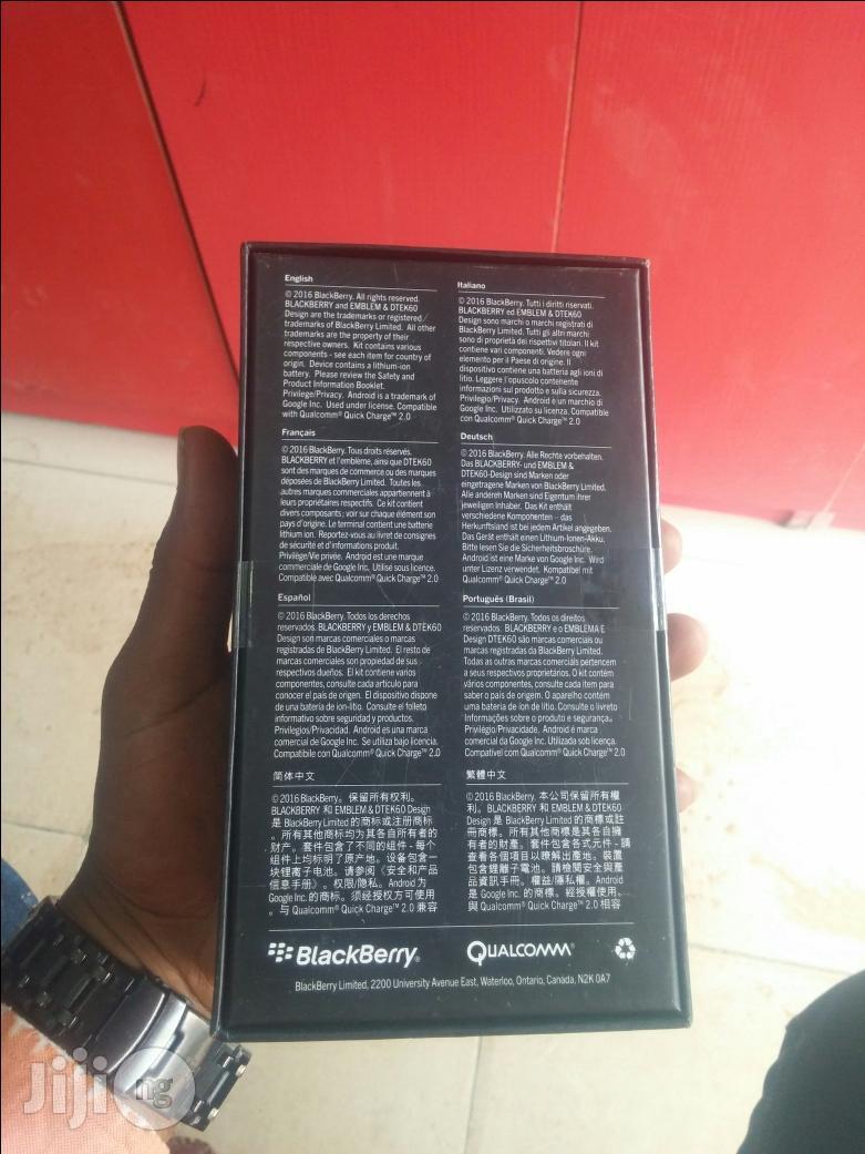 Archive: New Blackberry Dtek 60 32GB