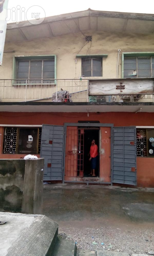 Neatly Used 4 Units of 3 Bedroom Flat For Sale | Houses & Apartments For Sale for sale in Shomolu, Lagos State, Nigeria
