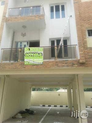 3bedroom Luxury Flat | Houses & Apartments For Sale for sale in Lagos State, Ikoyi