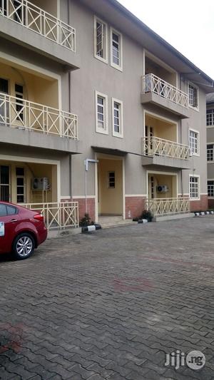 Spacious 3bedroom Flat With Swimming Pool At Stadium Rd PH | Houses & Apartments For Rent for sale in Rivers State, Port-Harcourt