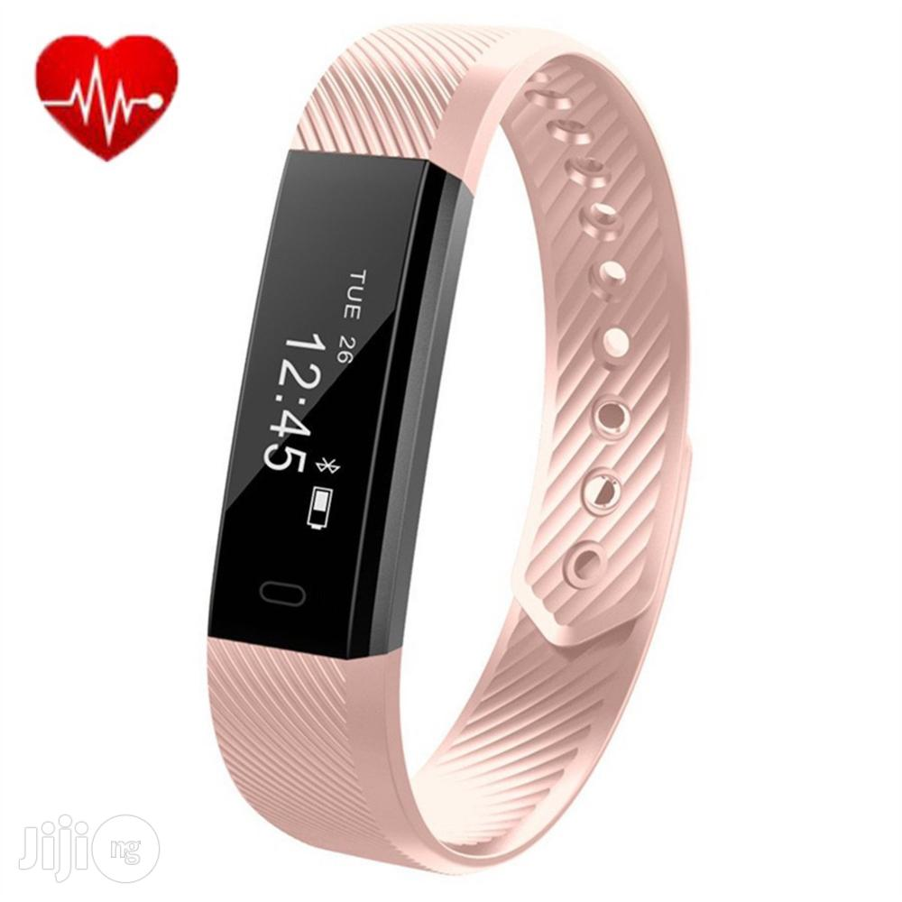 CAMTOA Fitness Tracker