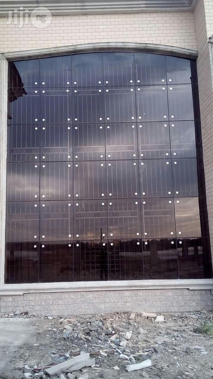 Glass Railings / Baluster / Spider
