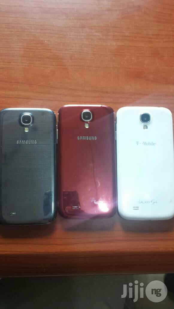 Archive: Samsung Galaxy I9506 S4 16 GB Black