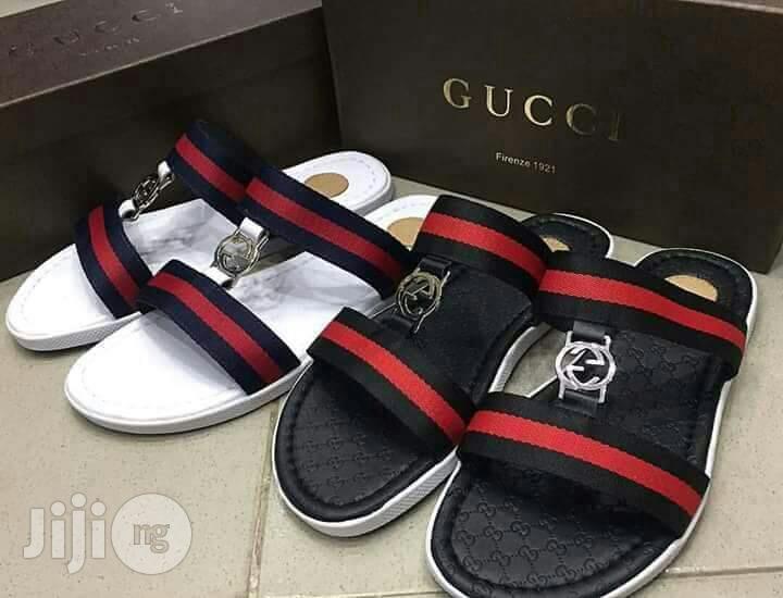Men Italian Original Gucci Slippers in