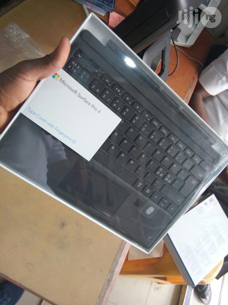 Microsoft Surface Pro 4 Keyboard With Fingerprint