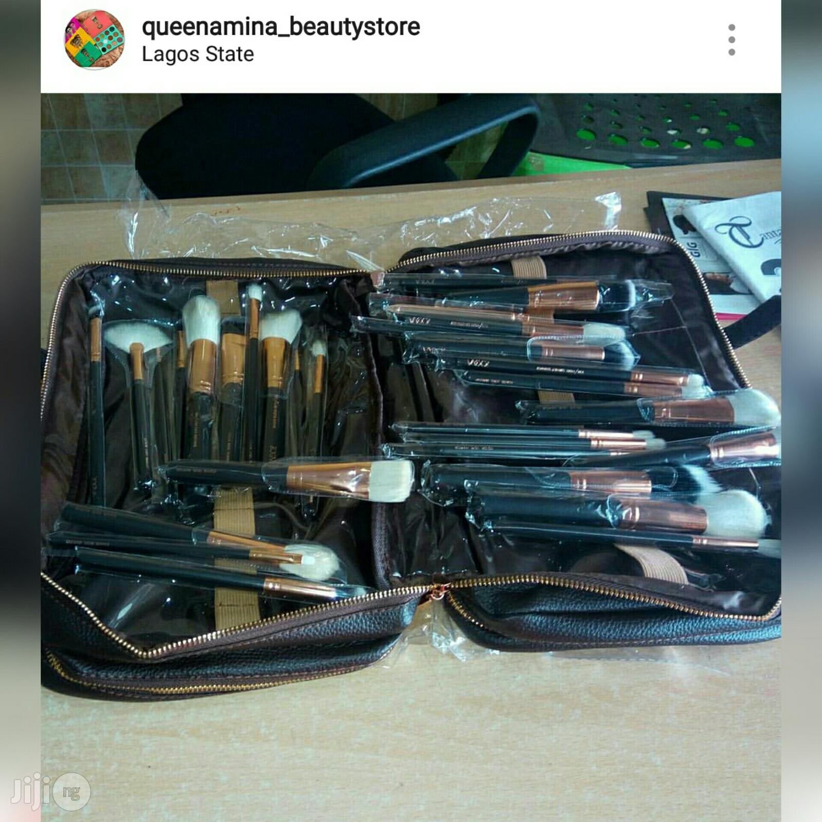 Zoeva 30pcs Proffesional Brush Set With A Make-up Leather Bag   Makeup for sale in Lagos State, Nigeria
