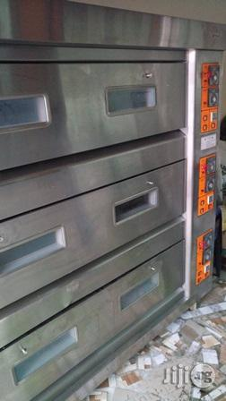 Gas Oven 9 Trays 3 Deck | Industrial Ovens for sale in Lagos State, Surulere