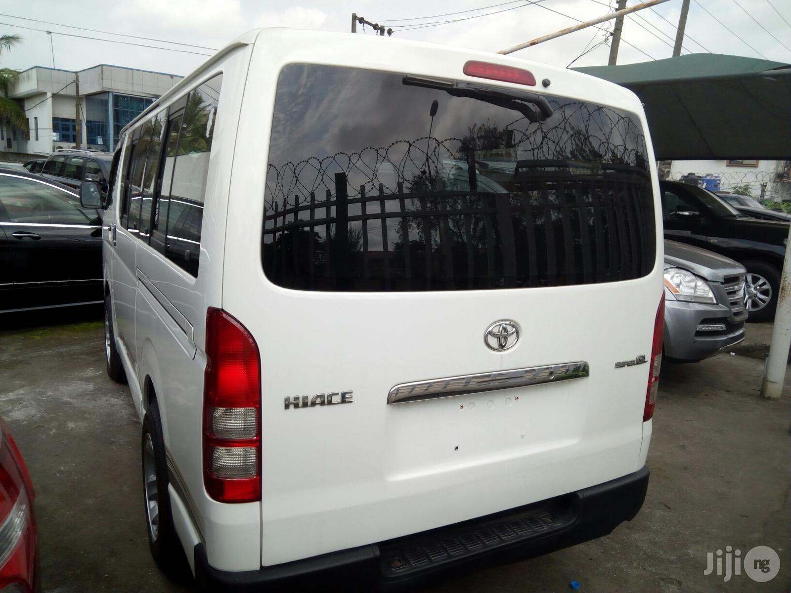 Archive: New Toyota Hiace 2012 White