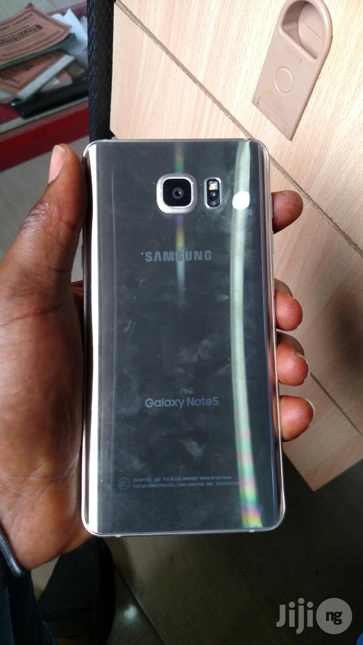 Archive: Samsung Galaxy Note 5 32 GB Silver