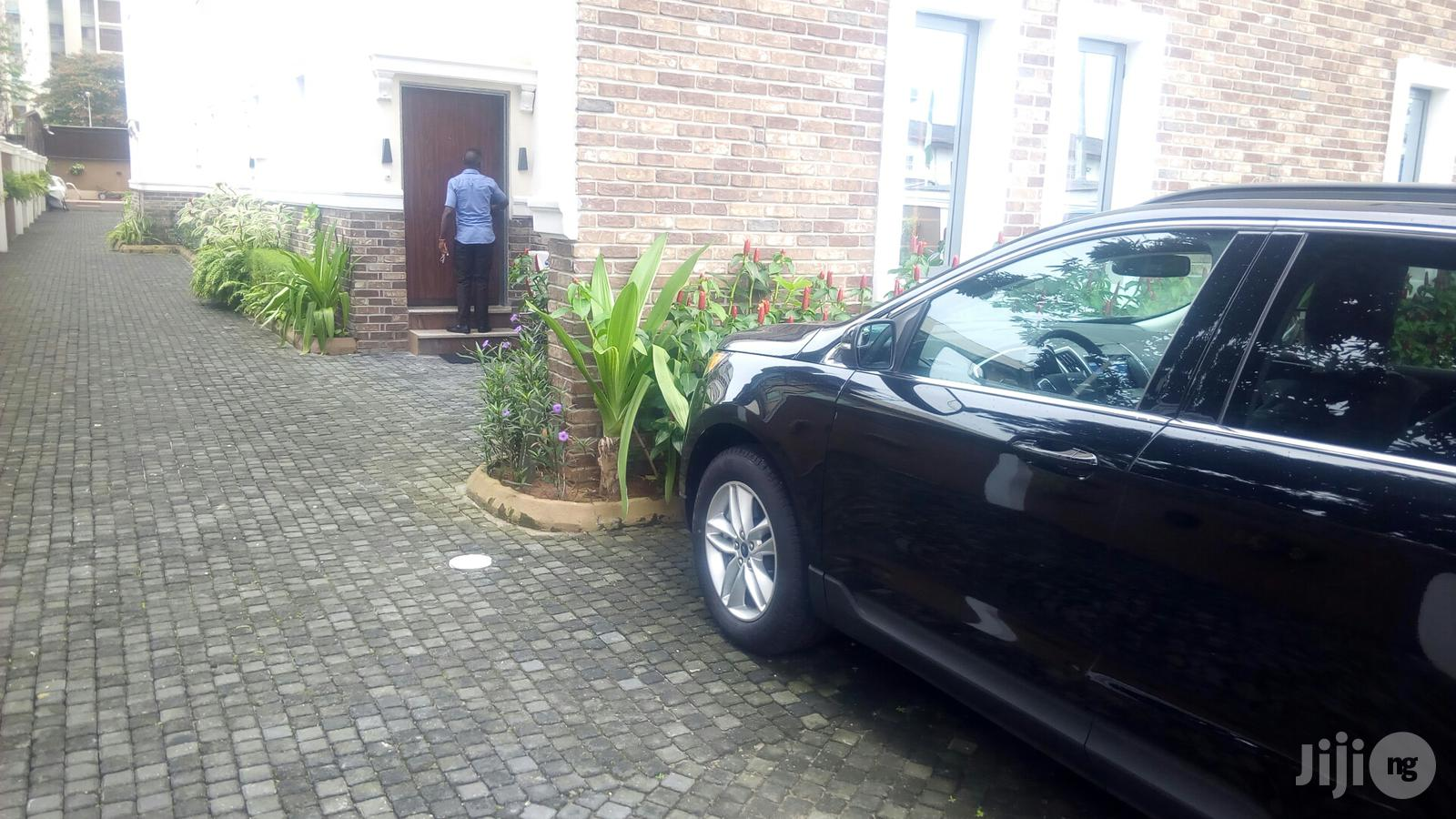 Exquisitely Finished And Furnished 4 Bedroom Townhouse