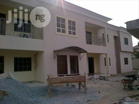 Exclusive Painting Services | Building & Trades Services for sale in Ajah, Lagos State, Nigeria