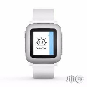 Pebble Time Smartwatch for Smartphone - White (Black Friday) | Smart Watches & Trackers for sale in Lagos State