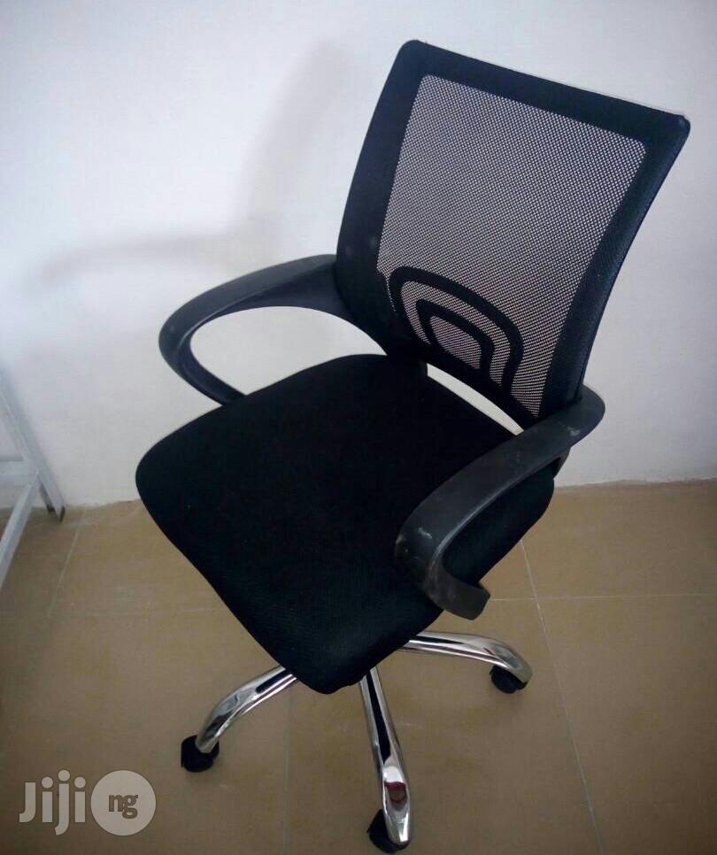 Jkt Mesh Office Table