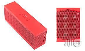Jawbone Mini Jambox Wireless Bluetooth Speaker - Red | Audio & Music Equipment for sale in Lagos State, Ikorodu