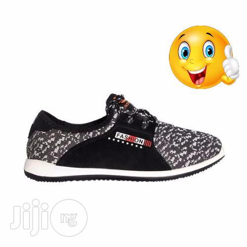 Adidas Original New Balance Sports Fashion Sneakers for Men and Women   Shoes for sale in Yaba, Lagos State, Nigeria