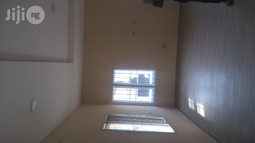 Archive: Clean Detached 5 Bedroom Duplex for Sale At Lekki Phase 1.