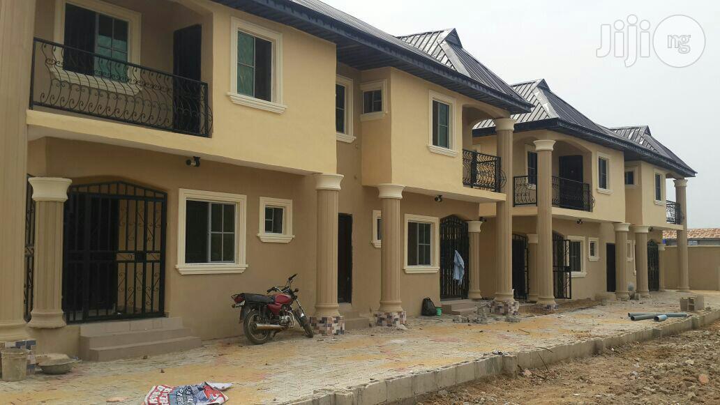 Executive 2 Bedroom Flats Apartment For Rent