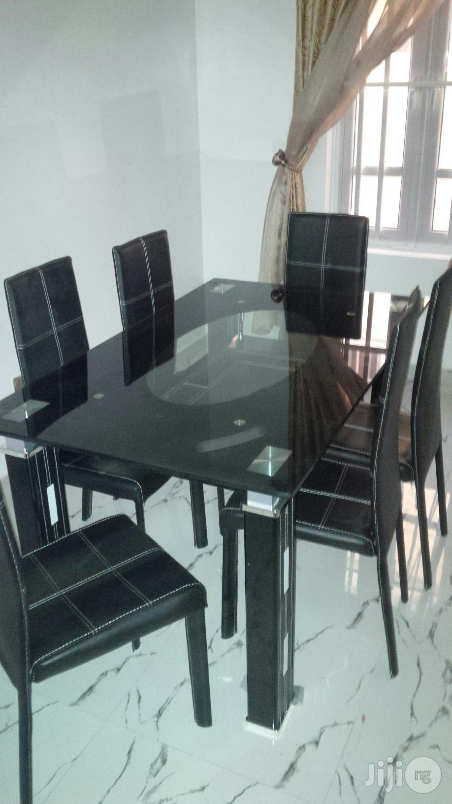 High Quality Dining Table With Six Chair