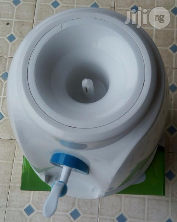 Table Top Water Dispenser | Kitchen Appliances for sale in Surulere, Lagos State, Nigeria