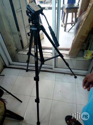 Yunteng Video Camera Tripod | Accessories & Supplies for Electronics for sale in Lagos State, Lagos Island (Eko)