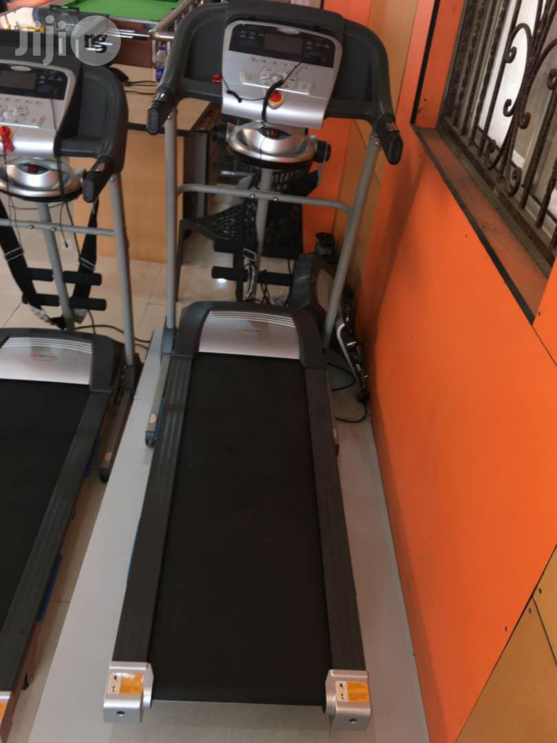 2.5hp Treadmill With Massager,
