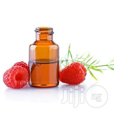 Strawberry Oil Coldpressed Organic Unrefined Oil