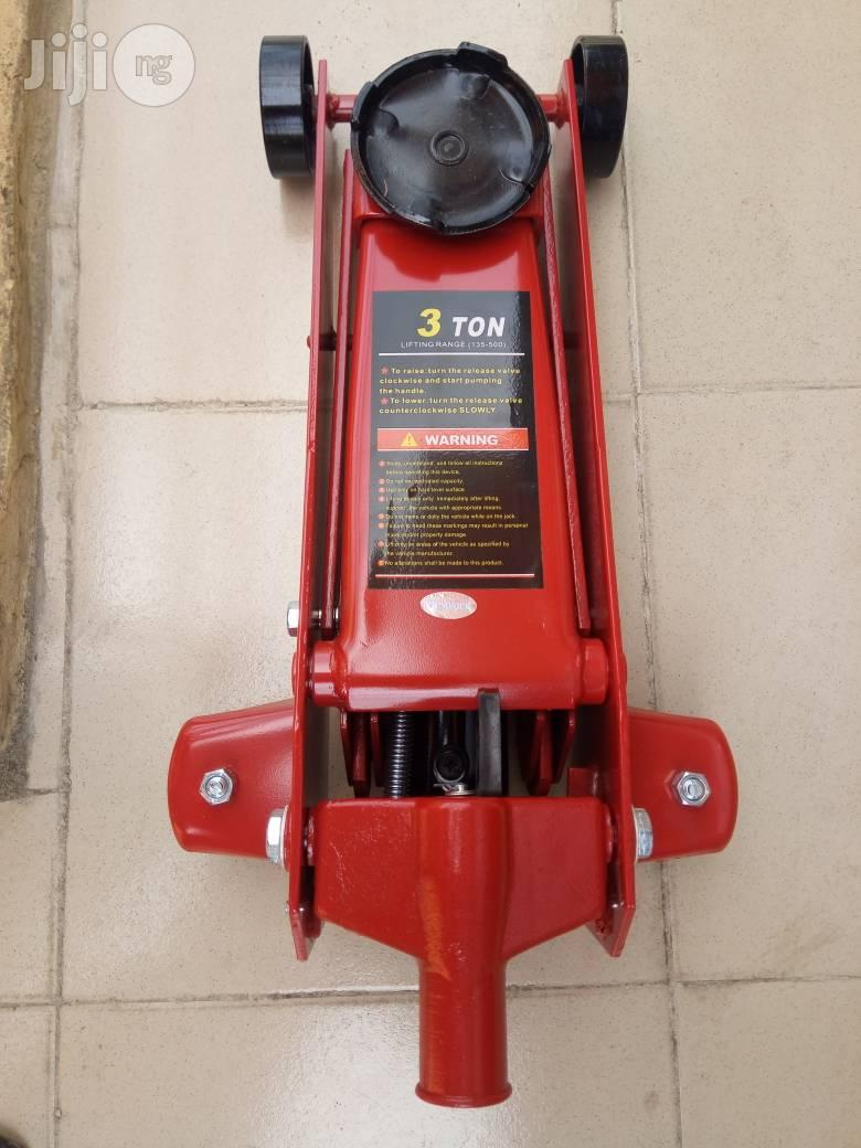 High Quality 3 Ton Hydraulic Jack   Vehicle Parts & Accessories for sale in Ojo, Lagos State, Nigeria