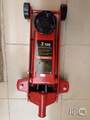 High Quality 3 Ton Hydraulic Jack | Vehicle Parts & Accessories for sale in Lagos State, Ojo