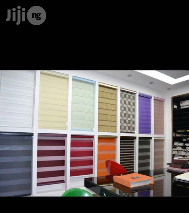 Window Blinds/Wallpaper/Wallpanel/Curtains/Woodenfloor/Painting