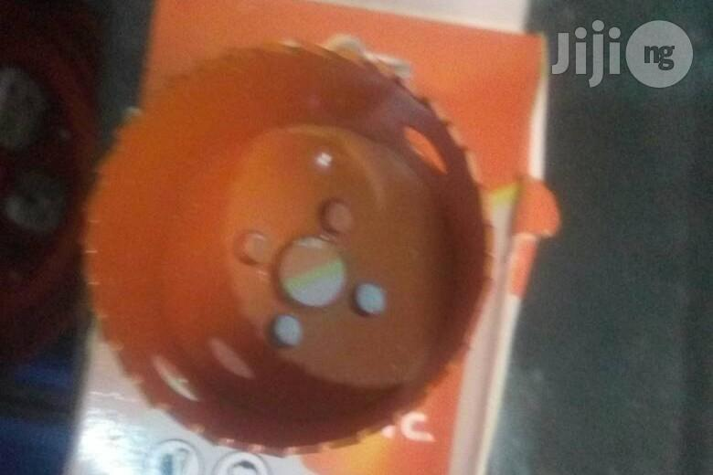 Archive: Manual Hole Saw