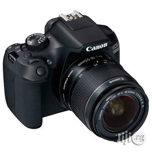 Canon - Eos 1300d / T6 Ef-s 18-55mm 18.7mp - Black   Photo & Video Cameras for sale in Lagos State