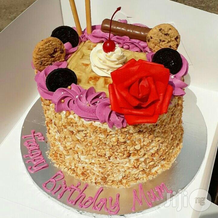 Red Velvet ,With Groundnut, Cookie Cornflake Chocolate Strawberey Cake