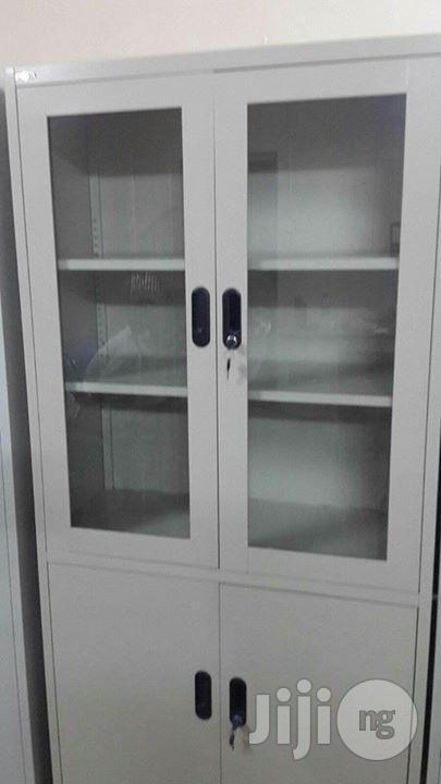 Full Height Steel Glass Shelf