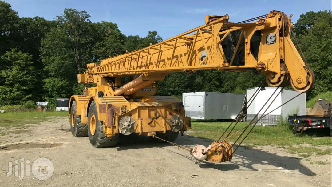 Groove Moto Crane 50 Tons 1999 Yellow For Sale