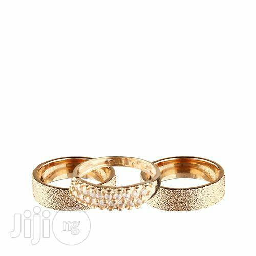 18 Karat Gold Plated Wedding Ring . Gold