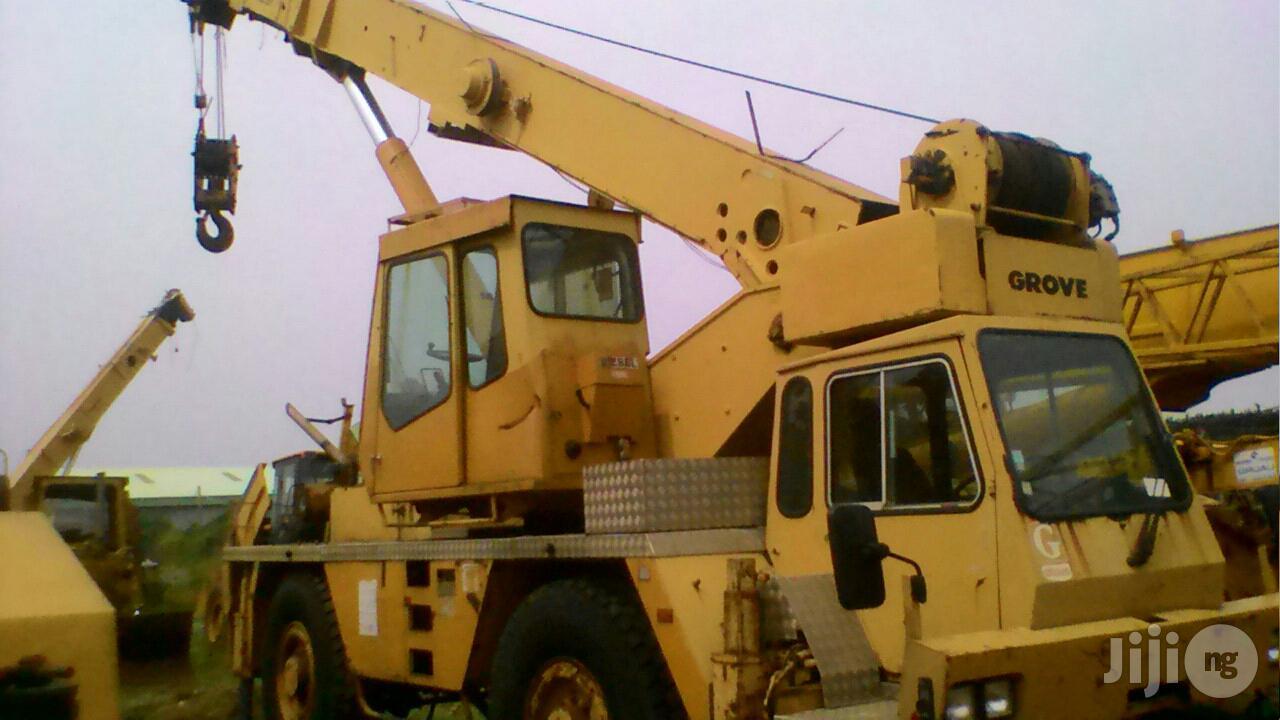 Groove Moto Crane 1998 Yellow | Heavy Equipment for sale in Amuwo-Odofin, Lagos State, Nigeria