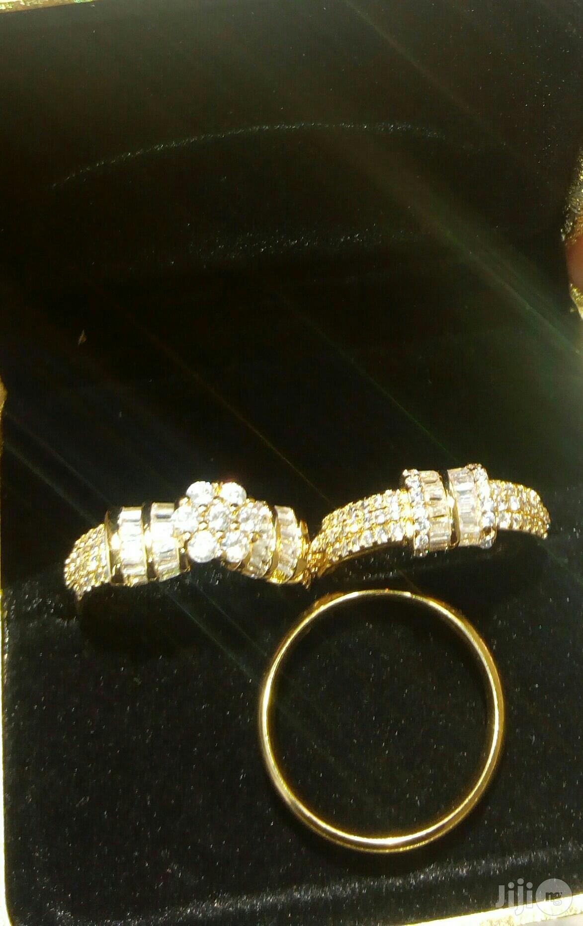 Romania Gold Wedding Rings