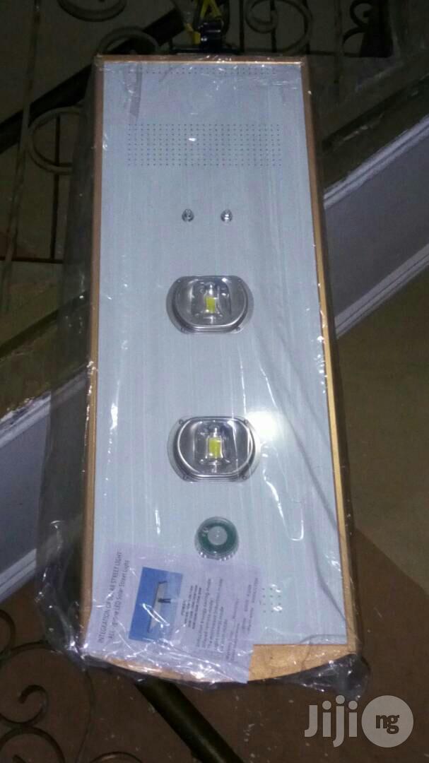 30watts All in One Solar Street Light