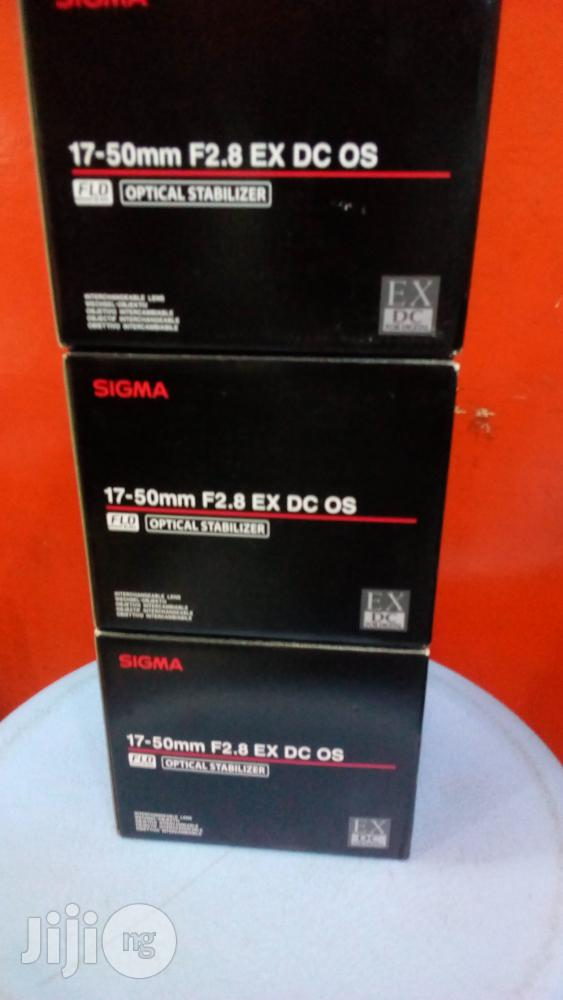 Sigma 17-50mm F2.8 Ex DC Os For Nikon And Canon Cmaeras | Photo & Video Cameras for sale in Lagos Island (Eko), Lagos State, Nigeria