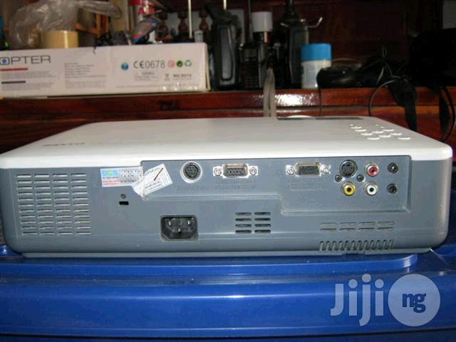 Archive: Cheap Sanyo Projector
