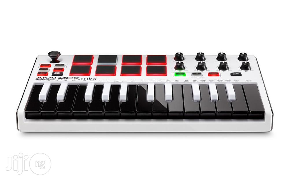 Akai MPK Mini MIDI Keyboard Controller With Drum Pads   Musical Instruments & Gear for sale in Surulere, Lagos State, Nigeria