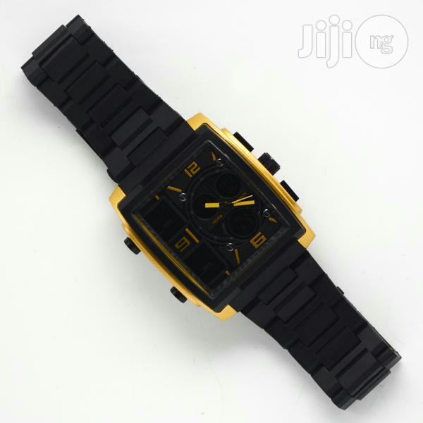 Skmei Mens Black Wristwatch