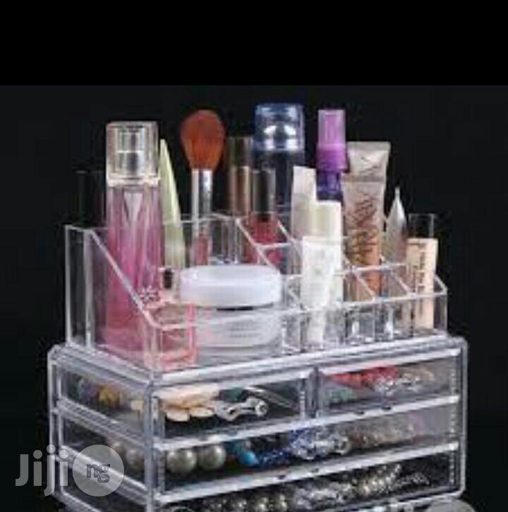 Cosmetic Ascrylics Storage Box