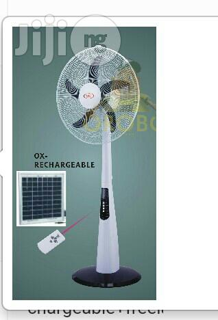 18 Inches Rechargeable Standing Fan With Free Solar Panel