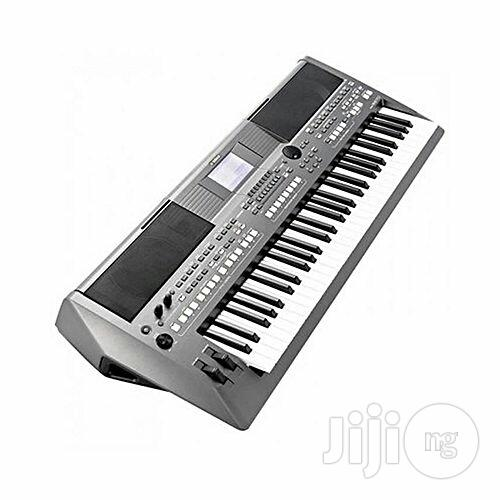 Pro Yamaha Keyboard PSR S670 (Brand New in the Carton | Musical Instruments & Gear for sale in Ilupeju, Lagos State, Nigeria