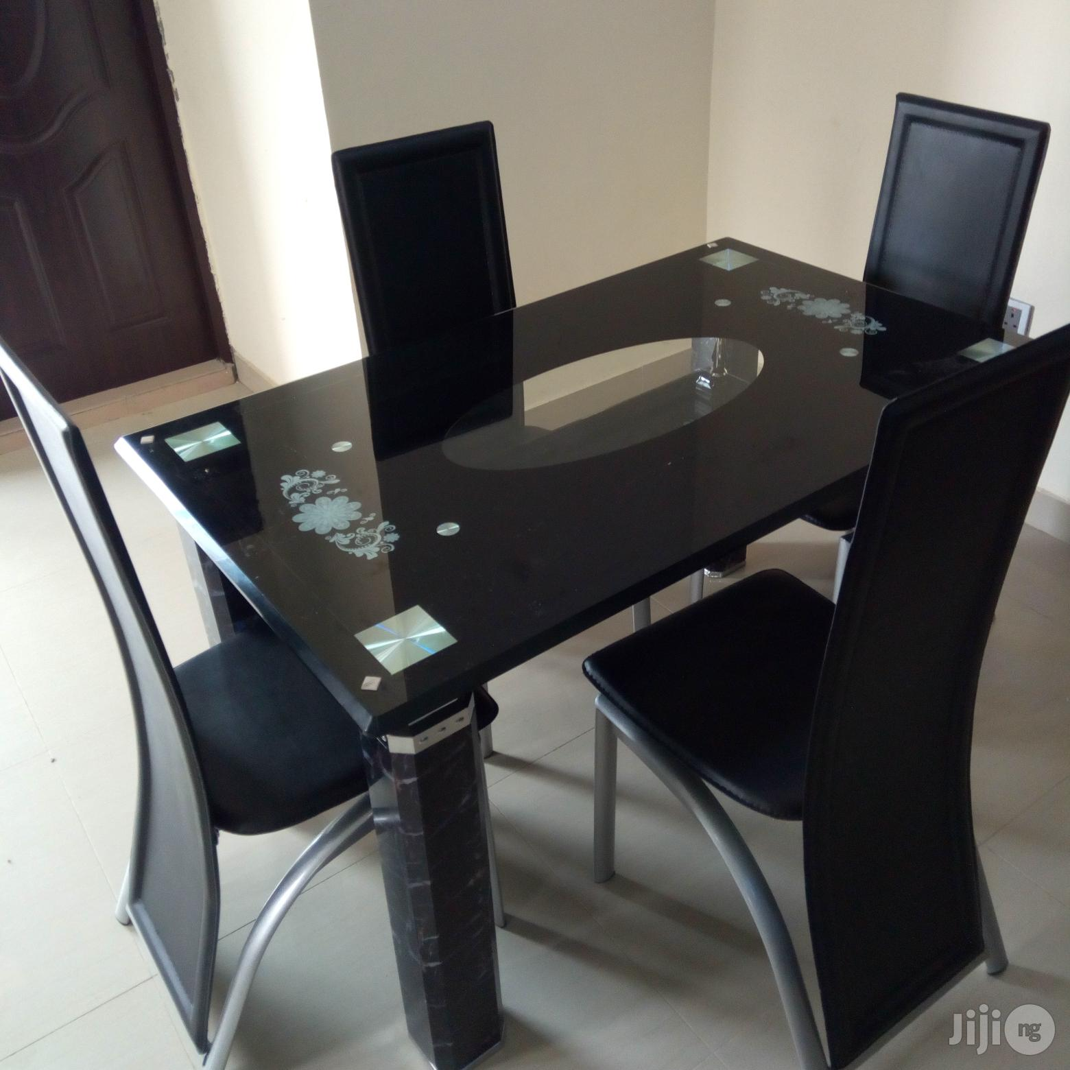 Superb Imported 4-Seater Dining Table