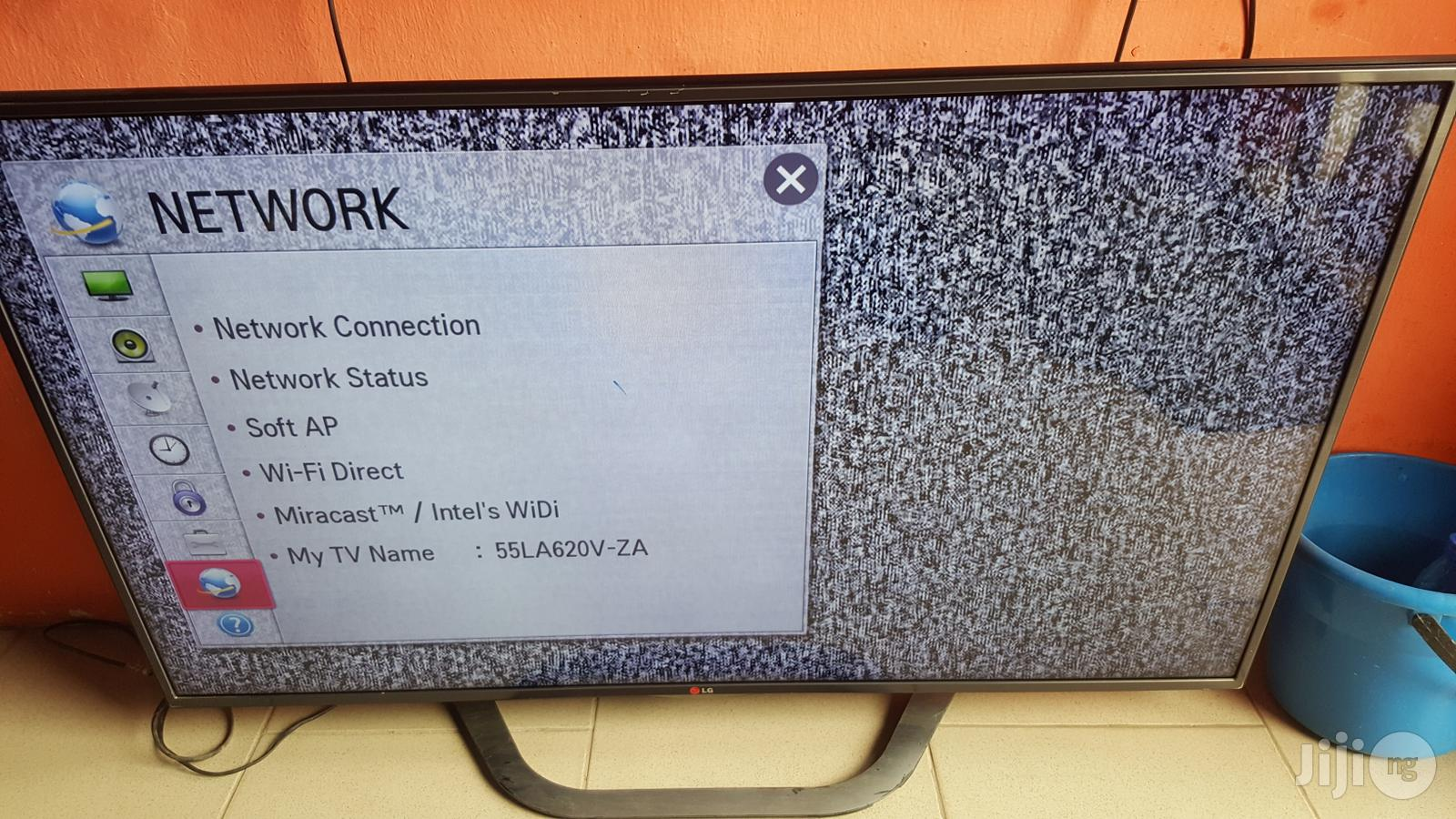 "Archive: 47 "" LG Smart 3D Full HD LED TV"