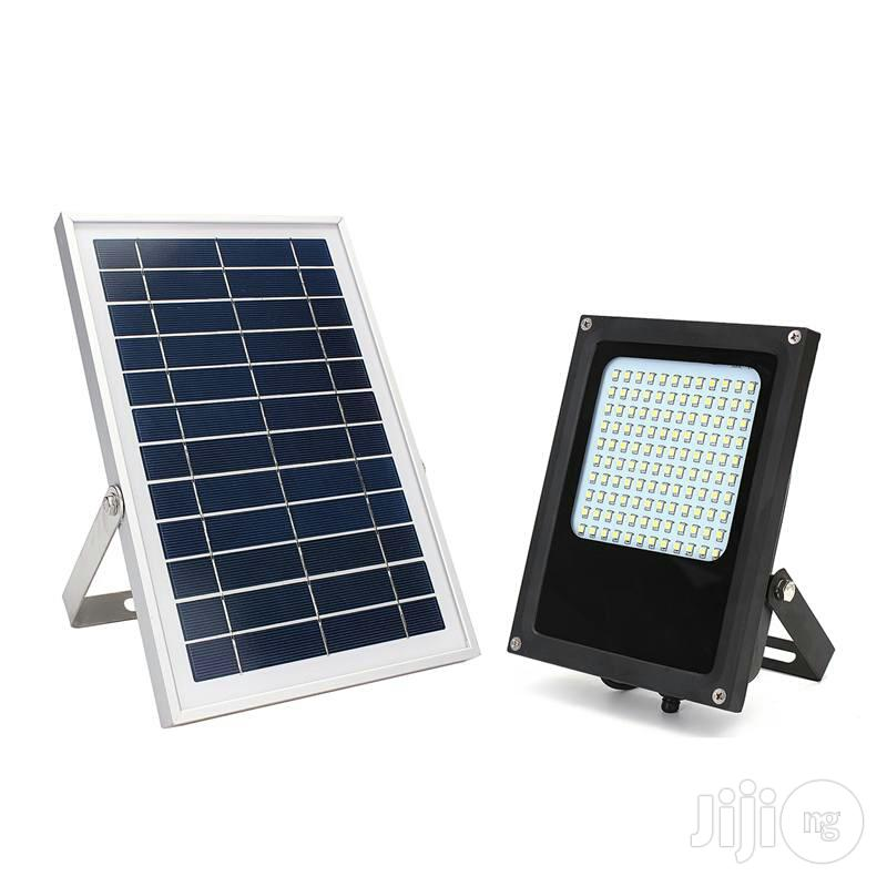 12 Leds Solar Sensor Wall And Street Light   Solar Energy for sale in Oshimili South, Delta State, Nigeria